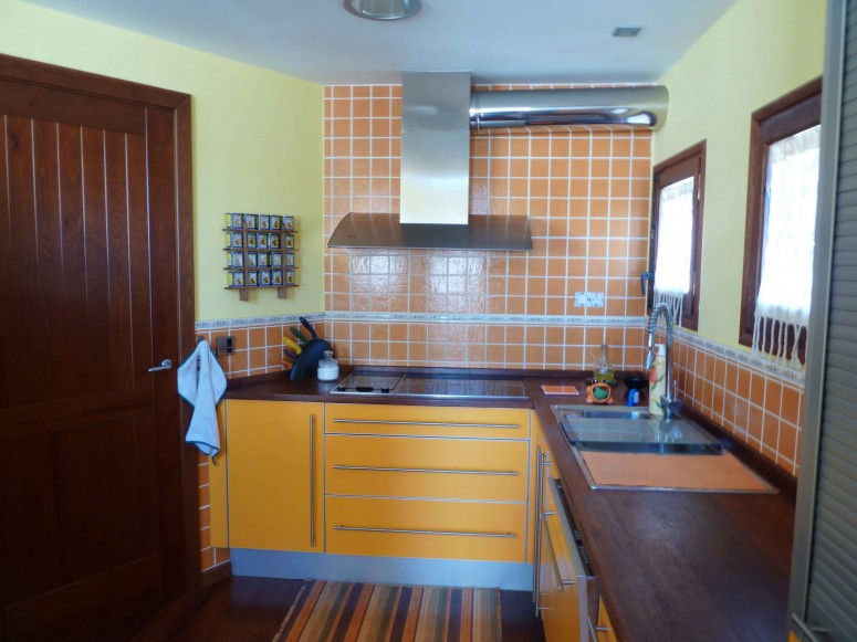 cuina color groc